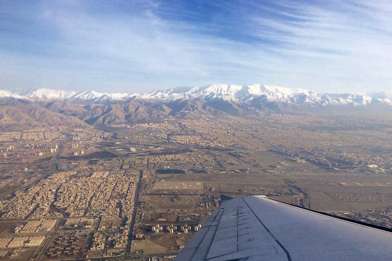 Travellers Insight Reiseblog Landeanflug Teheran