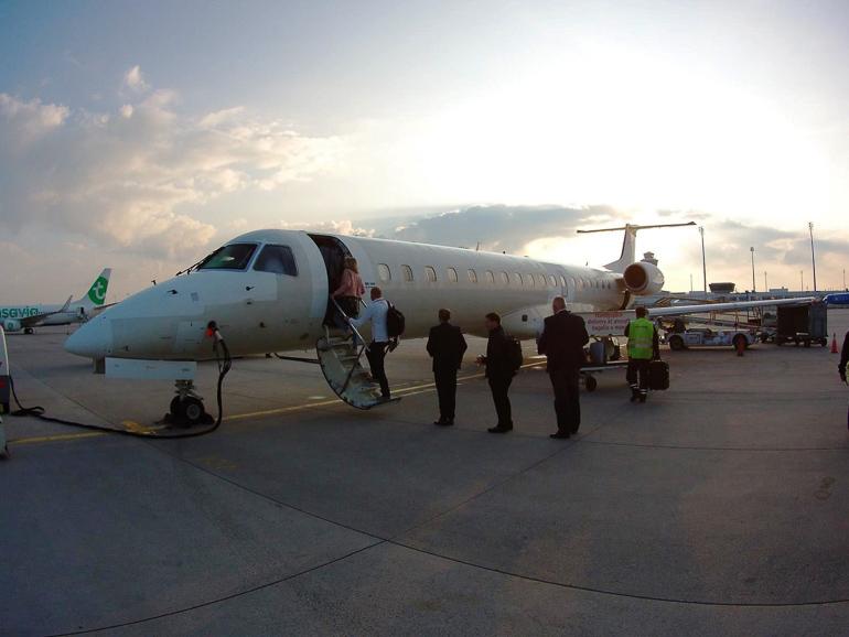 Travellers Insight Reiseblog Rotterdam Flugzeug