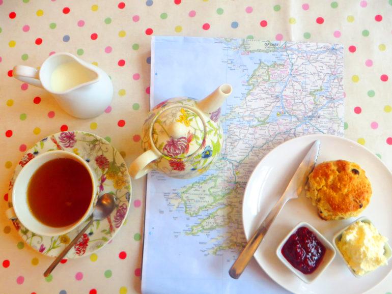 Travellers Insight Reiseblog Irland Wild Atlantic Way Heron Gallery Café