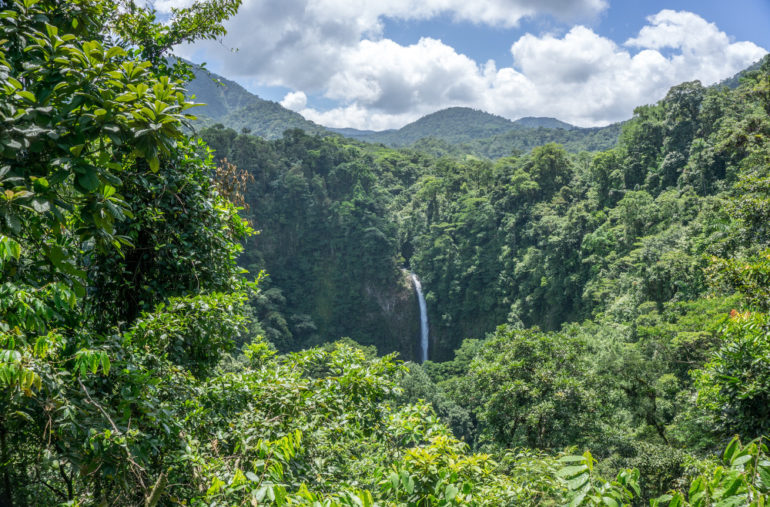 Travellers Insight Reiseblog Costa Rica La Fortuna Wasserfall