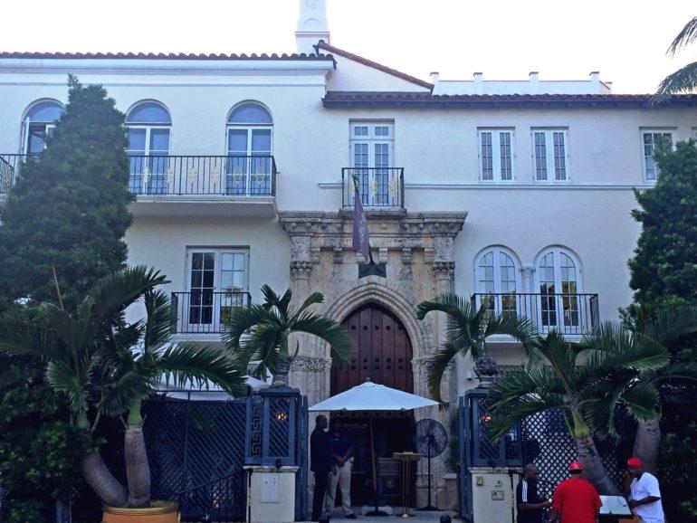 Travellers Insight Reiseblog Miami Beach Versace Villa