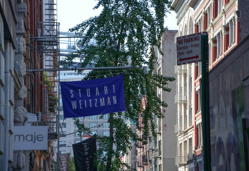 Im New York-Stadtteil SoHo reiht sich ein Laden an den anderen - der perfekte Ort für einen Shopping Trip.