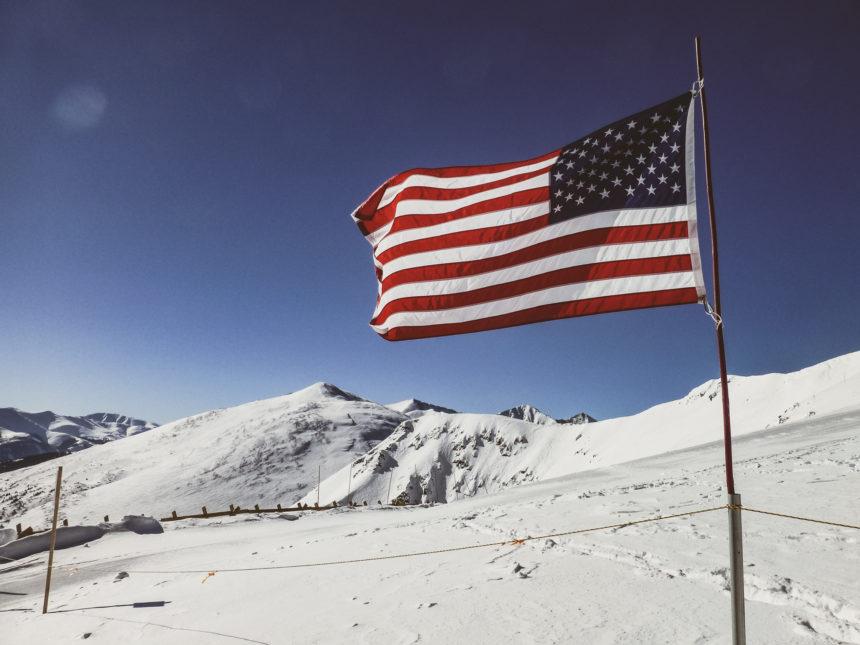 Travellers Insight Reiseblog Skifahren Vail US-Flagge