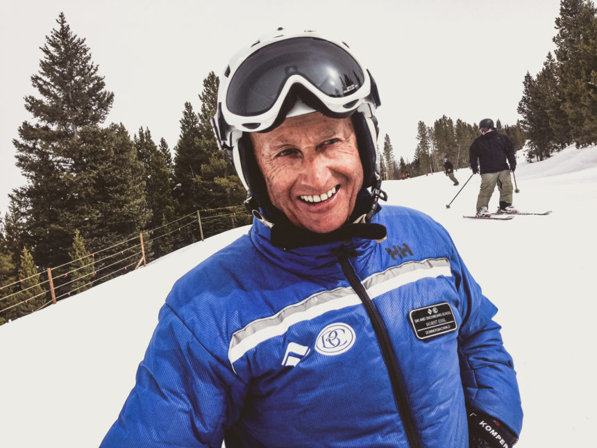 Travellers Insight Reiseblog Skifahren Vail Skifahrer