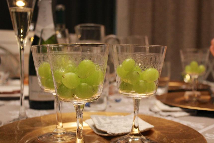Travellers Insight Reiseblog Neujahrsbräuche Silvester Spanien Weintrauben