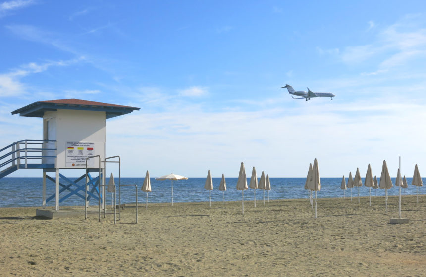 Travellers Insight Reiseblog Larnaka Zypern Landeanflug