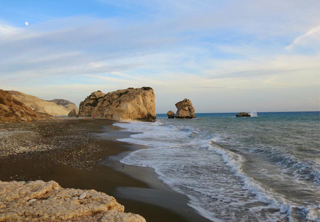 Der Strand Petra tou Romiou auf Zypern, die Geburtsstätte der Aphrodite.