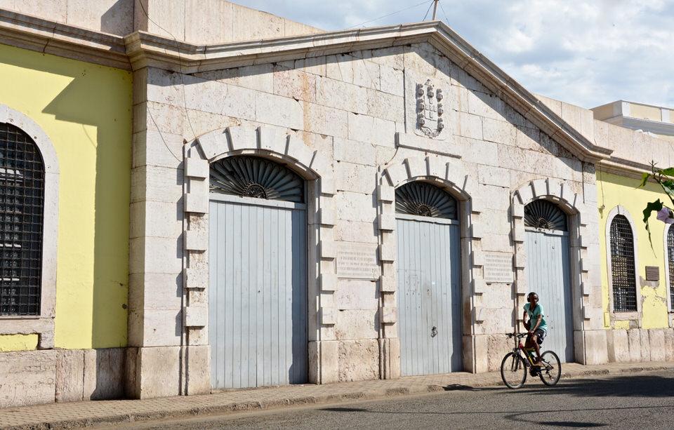 Ein ehemaliges Zollgebäude auf den Kapverden in Sao Vicente Mindelo Centro Cultural