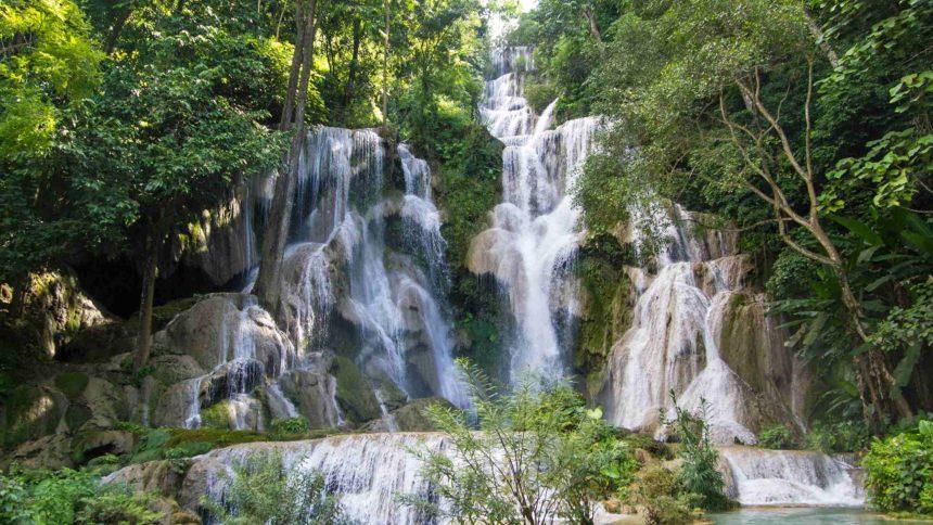 Laos Sehenswürdigkeiten Wasserfall Tat Kuang Si
