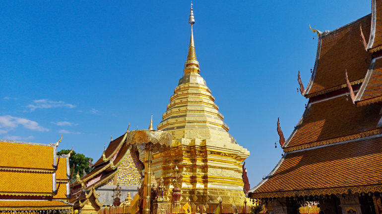 Der goldene Tempel Wat Phra That Doi Suthep in Chiang Mai