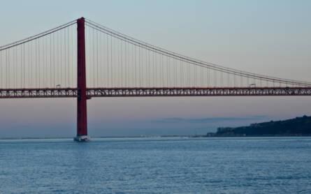 Portugal Städtereise Lissabon Ponte 25 de Abril