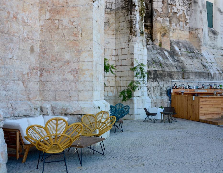 Städtereise Lissabon Igreja do Carmo Bar Topo