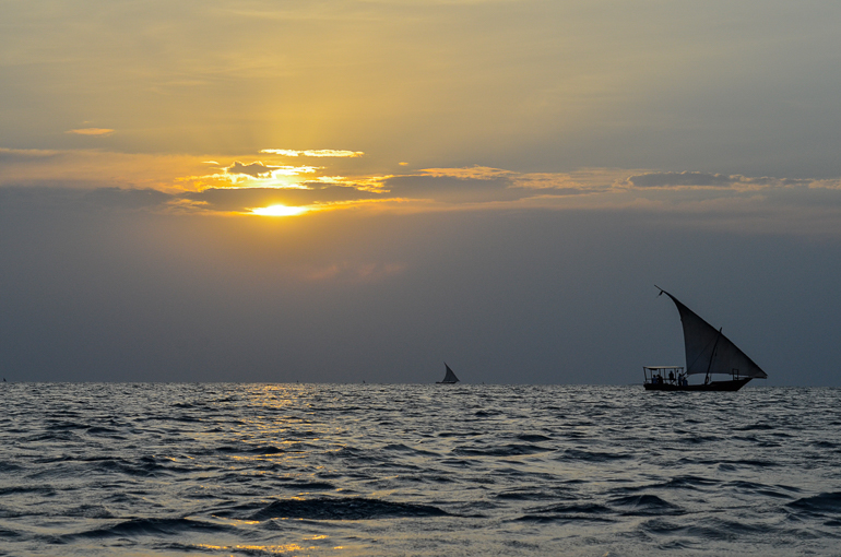 Travellers Insight Reiseblog Tansania Sansibar Sonnenuntergang