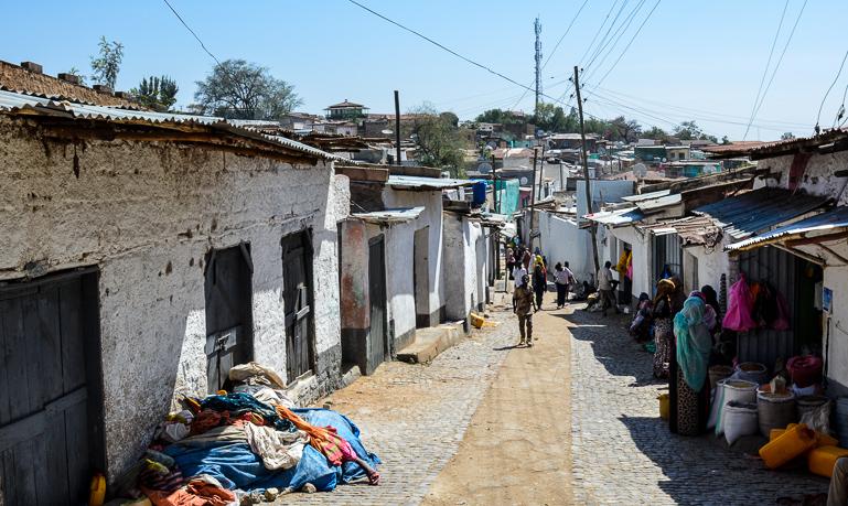 Äthiopien Harar Travellers Insight Reiseblog Gasse