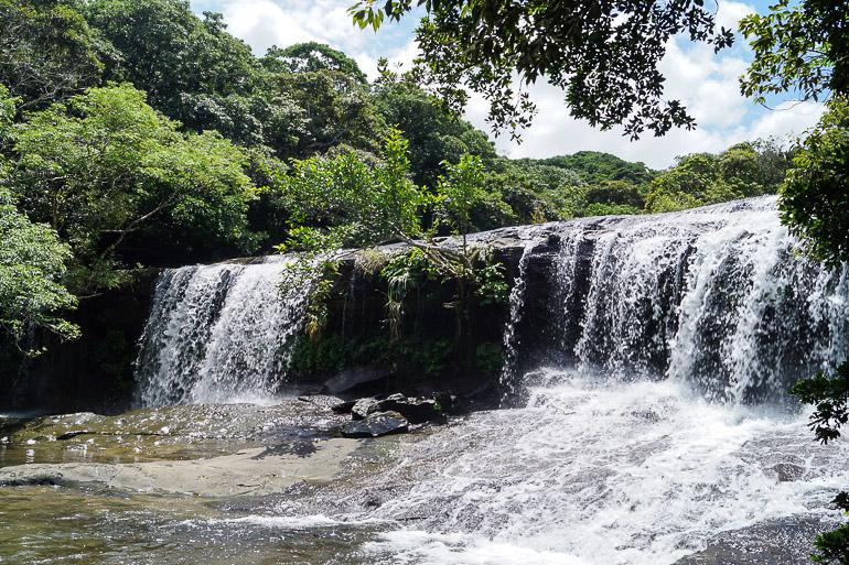 Travellers Insight Reiseblog Yaeyama Inseln Japan Sangara Wasserfall Iriomote