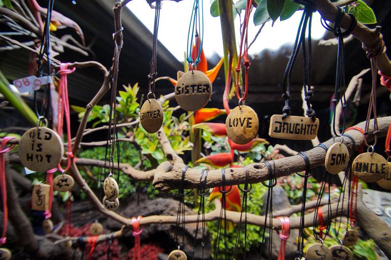 Travellers-Insight-Reiseblog-Guatemala-Rundreise-Vulkan-Pacaya-Lava-Store