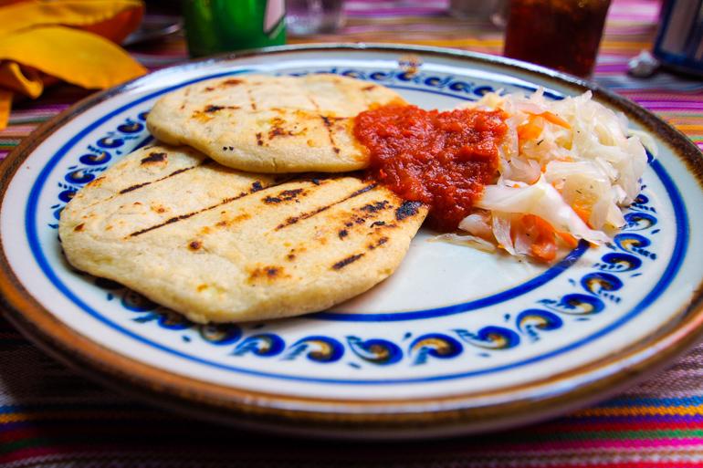 Travellers-Insight-Reiseblog-Guatemala-Rundreise-Mittagessen