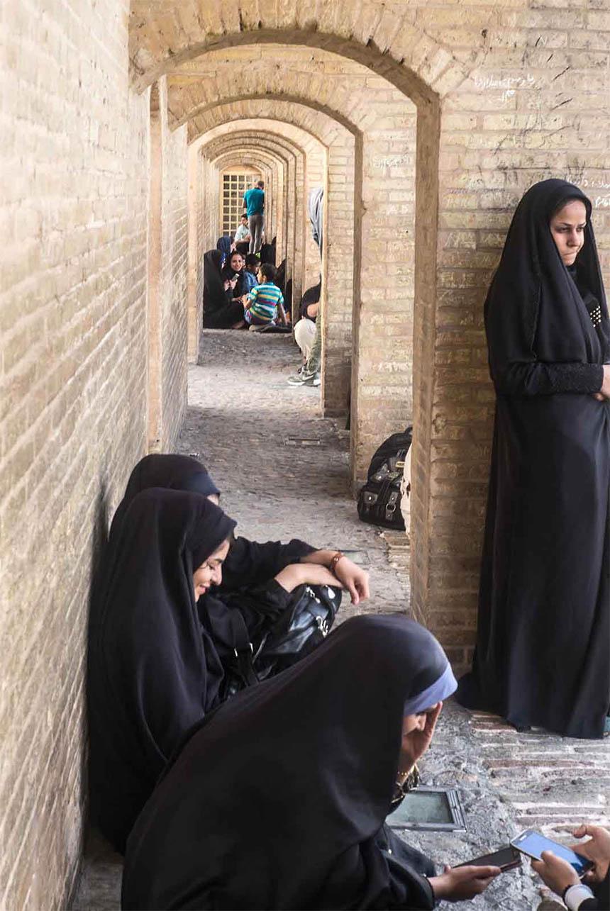 Travellers Insight Reiseblog Iran Eisenbahn Chadsu-Brücke