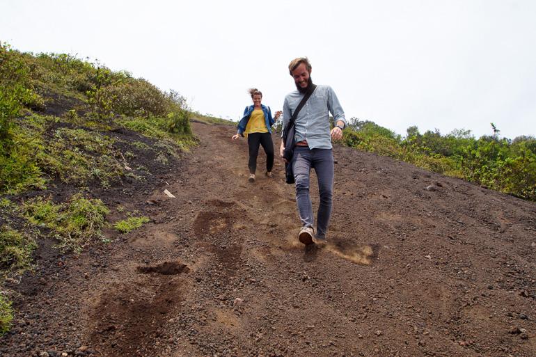Travellers-Insight-Reiseblog-Guatemala-Rundreise-Webstuhl-Vulkan-Pacaya