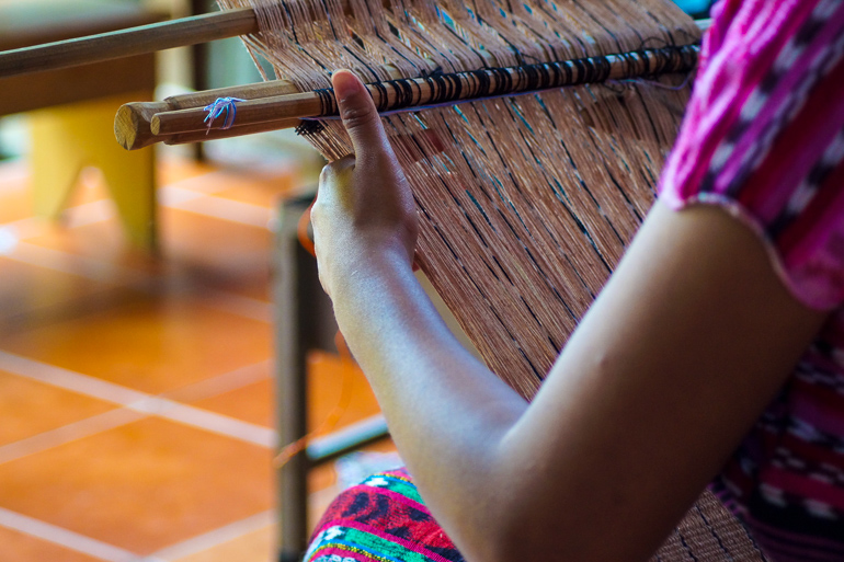 Travellers-Insight-Reiseblog-Guatemala-Rundreise-Webstuhl