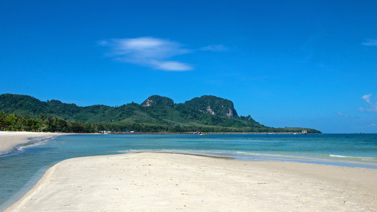 Travellers Insight Koh Mook Sivalai Beach und Pier