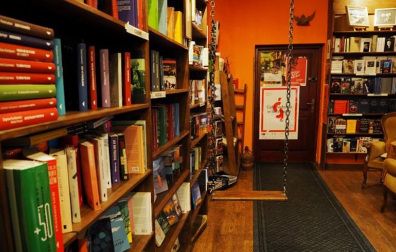Travellers Insight Reiseblog Lublin Schaukel Schokoladencafe
