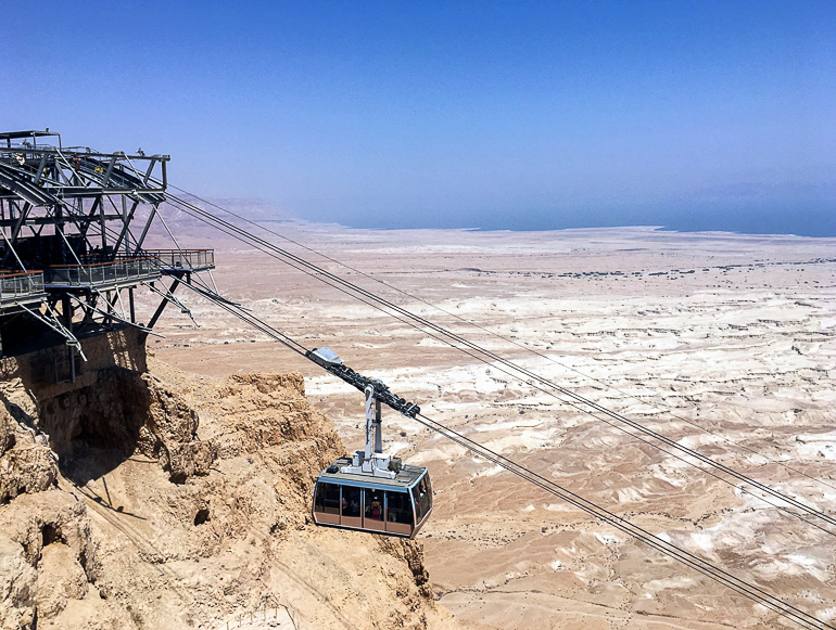 Travellers Insight Reiseblog Jerusalem Seilbahn Masada