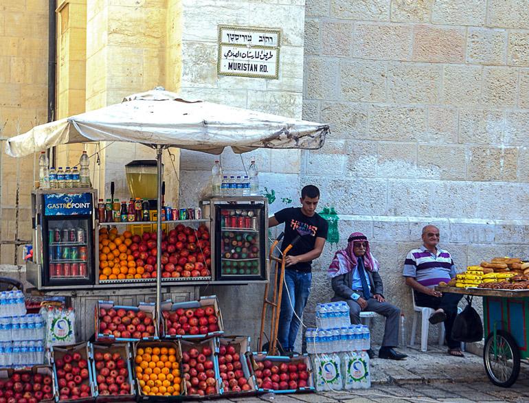 Travellers Insight Reiseblog Jerusalem Straßenstand