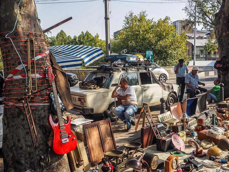 Travellers Insight Reiseblog Tbilissi Flohmarkt