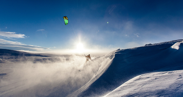 Travellers Insight Reiseblog Winterurlaub Snowkiting