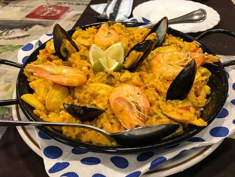 Travellers Insight Reiseblog Las Palmas Paella