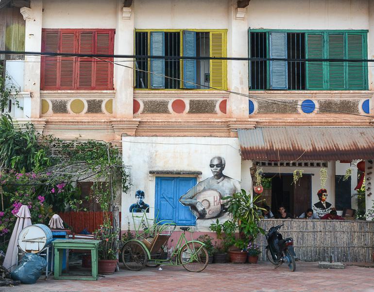 Travellers Insight Reiseblog Reisetipps Kambodscha Kampot Kolonialhaus Street Art