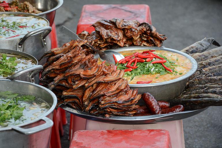Travellers Insight Reiseblog Reisetipps Kambodscha Phnom Penh Russian Market Street Food