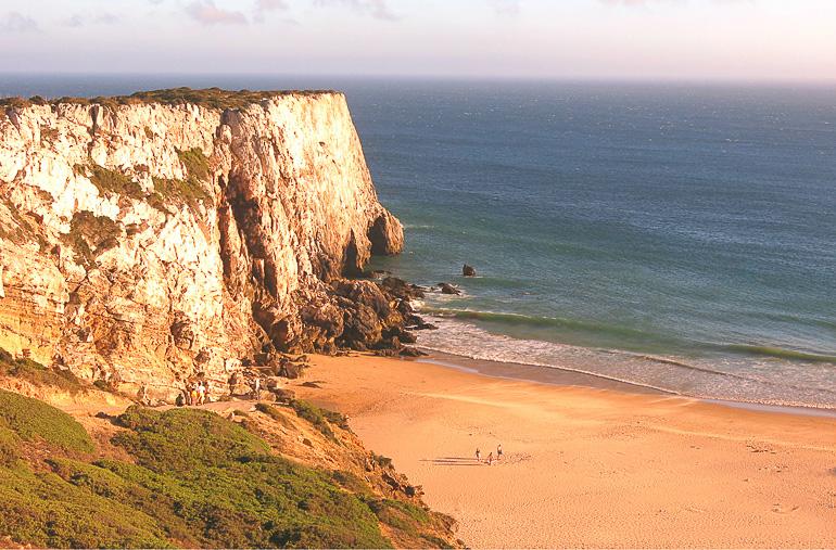 Travellers Insight Reiseblog Portugals Algarve Strand