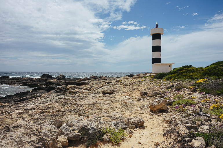 Travellers Insight Reiseblog Wandern auf Mallorca Leuchtturm