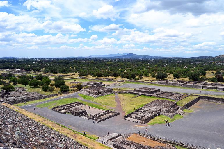 Travellers Insight Reiseblog Mexiko-Stadt Tagesausflug Teotihuacan Aussicht