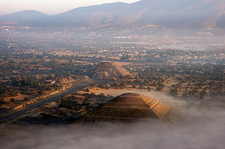 Travellers Insight Reiseblog Mexiko-Stadt Tagesausflug Teotihuacan Vogelperspektive