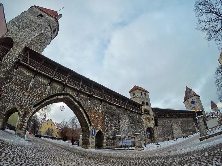 Travellers Insight Reiseblog Tallinns Sehenswürdigkeiten Stadtmauern