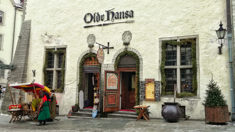 Travellers Insight Reiseblog Tallinns Sehenswürdigkeiten Restaurant Olde Hansa