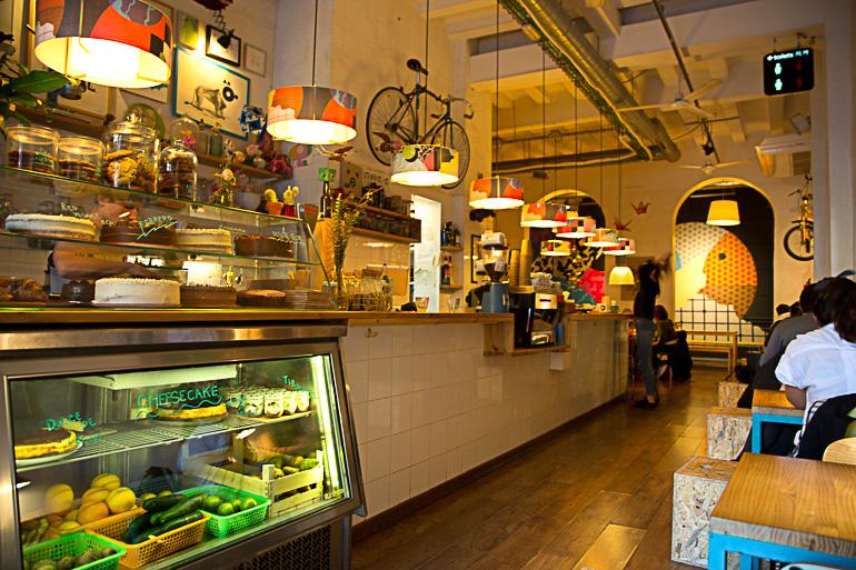 Travellers Insight Reiseblog Tipps für Barcelona Café Cosmo