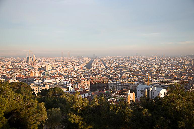 Travellers Insight Reiseblog Tipps für Barcelona Blick auf Sagrada Familia