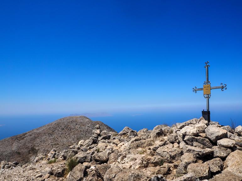 Vom Kalí Límni kann man an klaren Tagen bis Kreta schauen.