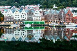 Besonders am Morgen ist Bryggen ein tolles Fotomotiv