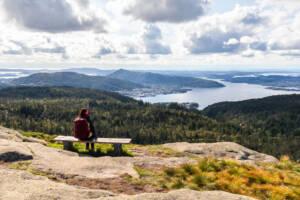 Auf der Vidden-Wanderung bieten sich dir überall tolle Ausblicke in malerischer Landschaft!