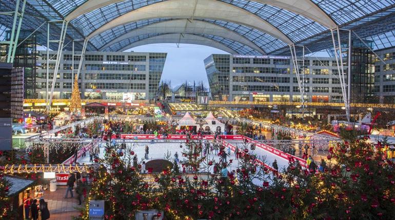 Wintermarkt auf dem Flughafen München