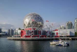 "Vancouver: Blick auf die Kuppel des Museum ""Science World"""