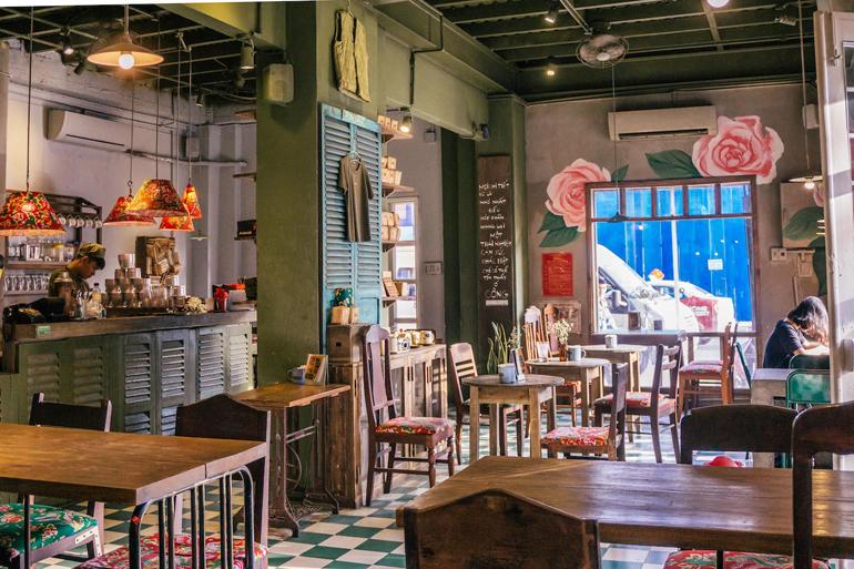 Hanoi, Vietnam: Café