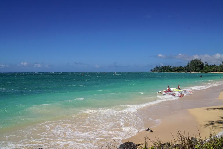Strand in Hawaii, blaues Meer