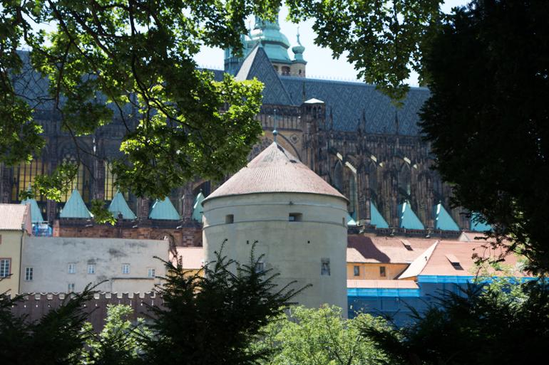 Die Prager Burg von Nahmen.