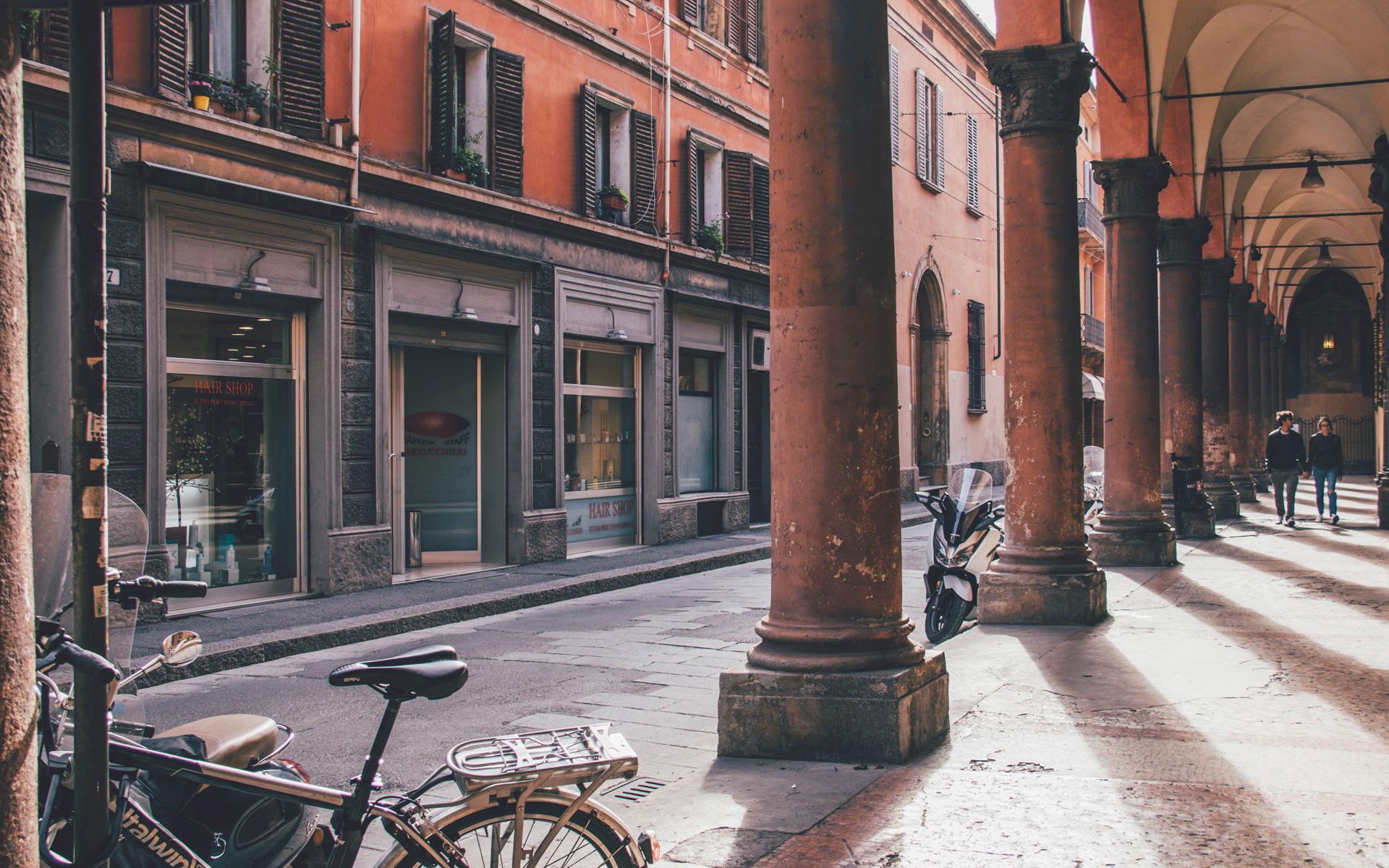 Bologna-Arkaden-Via-Oberdan